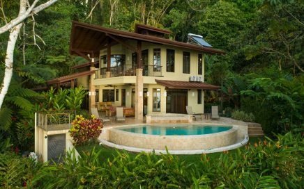 2.69 ACRES – 4 Bedroom Tropical Luxury Sunset Ocean View Home With Infinity Pool!!!