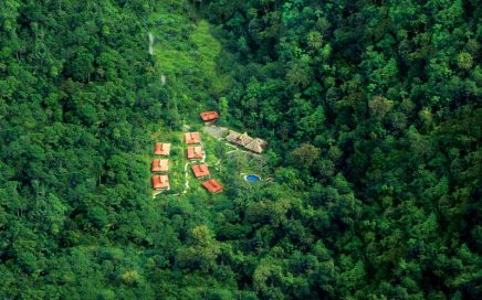 38.6 ACRES – 18 Room Remote Rainforest Eco Lodge Near Golfito!!!