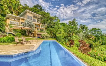 CIELITO LINDO – 4 Bedroom Contemporary Luxury House With Infinity Pool Plus One Separate Cabina!!