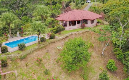 4.78 ACRES – 2 Bedroom Home With Pool And Panoramic Ocean And Mountian Views!!!