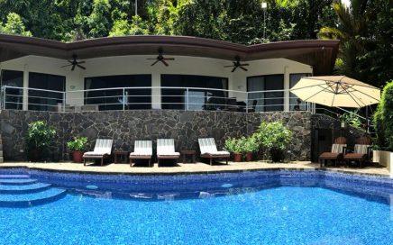 VILLA PACIFICA – 4 Bedroom Villa with Infinity Pool and Great Ocean Views!!!
