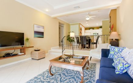 CONDO – 3 Bedroom Fully Furnished Condo In Los Suenos With Pool, Walk To Beach!!!