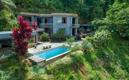 2.47 ACRES – 3 Bedroom Home With Pool – Ocean And Waterfall View!!!!