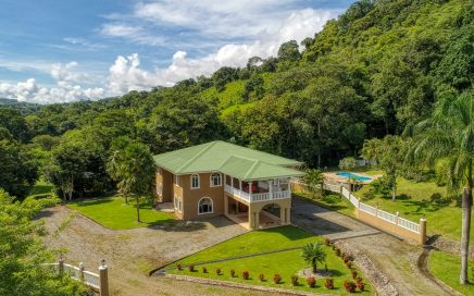 30 ACRES – 4 Bedroom Estate With Pool And River And Endless Possibilities!!!