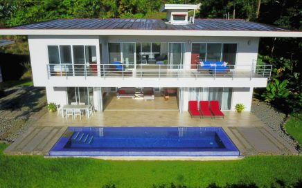 1.34 ACRES – 4 Bedroom Modern Luxury Home With Infinity Pool And Sunset Whales Tail Ocean Views!!!!