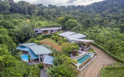 2.2 ACRES – Ocean View Boutique Hotel With Pool, 3 Bedroom Home, 2 Bedroom Home, 2 Rental Villas!!!!