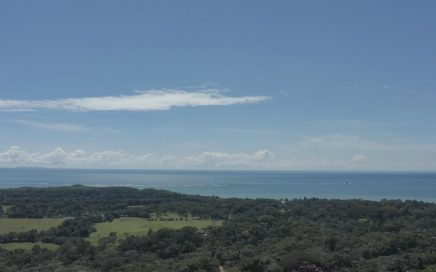 1 ACRE – One Of The Best Ocean View Lots Available – Five Minutes To Uvita On Pavement!!!