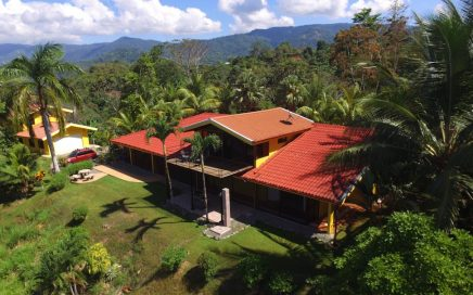 3 ACRES – 4 Bedroom Home With Incredible Ocean View, Pool, 1 Bedroom Guest House!!!!