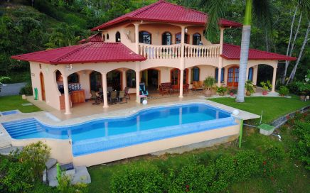 1.4 ACRES – 3 Bedroom Luxury Home With Infinity Pool And Huge Ocean View!!!