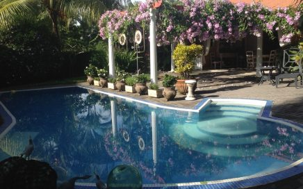 0.22 ACRES – 2 Bedroom Home With Pool Close To Everything!!!!