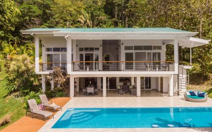 2.4 ACRES – 3 Bedroom Modern Ocean View Home With Pool, Creeks, Room To Build More!!!!