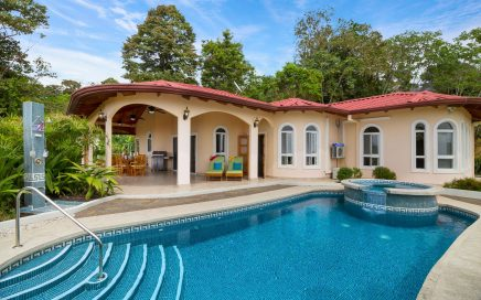 0.3 ACRES – 3 Bedroom Ocean View Home With Pool And Hot Tub!!!!