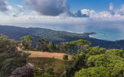 5 ACRES – 360 Degree Views Of Ocean And Mountains With 3 Building Sites!!!!