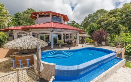 0.5 ACRES – 4 Bedroom Ocean View Luxury Home With Large Pool!!!!!