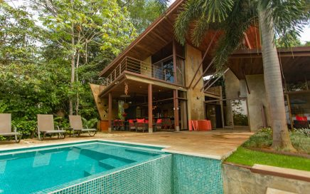 2.75 ACRES – 3 Bedroom Modern Tropical Home With Pool And Jungle And Ocean Views!!!