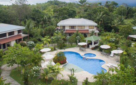 VILLA HACIENDA PACIFICA – 2 Bedroom Villa with Pool in Quiet Oasis in Quepos!!!