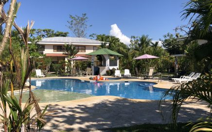 HACIENDA PACIFICA APARTMENT – 1 Bedroom Apartment with Pool Walking Distance to Quepos!!!