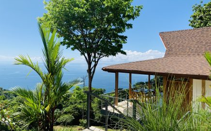 6 ACRES – 1 Bedroom Bali Style Home With Amazing Whales Tail Ocean View And Room To Build More!!!!