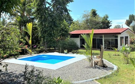 0.35 ACRES – 3 Bedroom Affordable Home With Pool In Center Of Ojochal!!!!