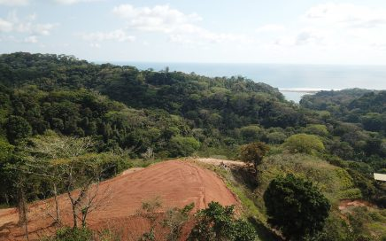 1.2 – 2.2 ACRES – Ocean View Lots Available Minutes From Dominical, Gated Community, Waterfalls, Hiking Trails!!!!