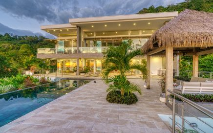 5.3 ACRES – 4 Bedroom Modern Luxury Ocean View Home With Pool!!!!