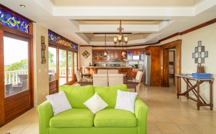 CONDO – 2 Bedroom Luxury Ocean View Condo In Central Location!!!!