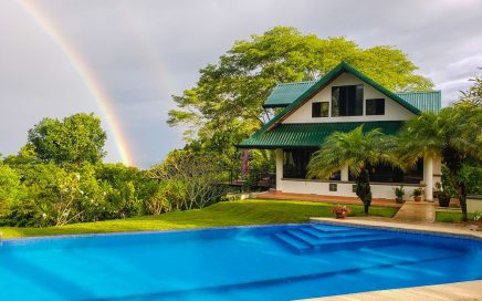 5.68 ACRES – 3 Bedroom Sunset Ocean View Home With Large Pool, 2 Bedrooms In Main Home, 1 In Pool House!!!!!