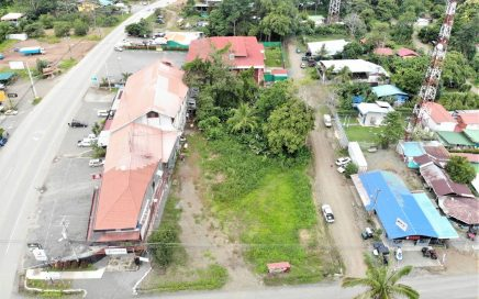 0.47 ACRES – Commercial Property Right In The Center Of Uvita!!!!