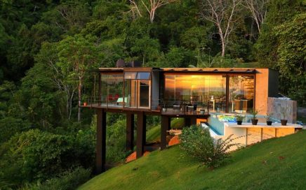 8 ACRES – 2 Bedroom Very Modern Ocean View Home With Pool!!!!