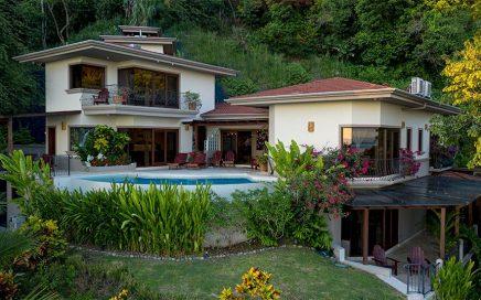1 ACRE – 6 Bedroom Ocean View Estate, Walk To The Beach, Great Rental History!!!