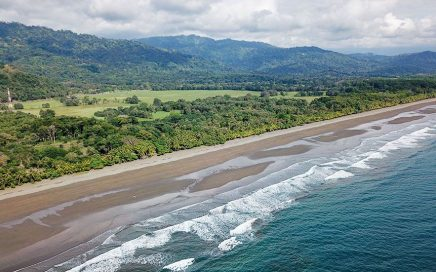 1.3 ACRES – Beachfront Lot On Beautiful Beach Between Dominical And Quepos!!!!