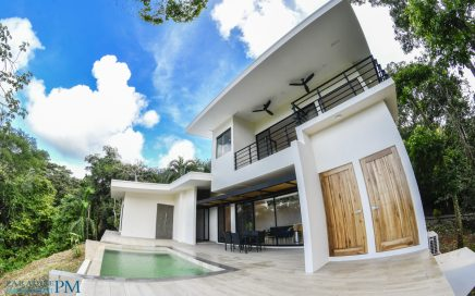 MANGO TREE HOUSE – 3 Bedroom Zen Style Home with Infinity Pool and Ocean View!!!