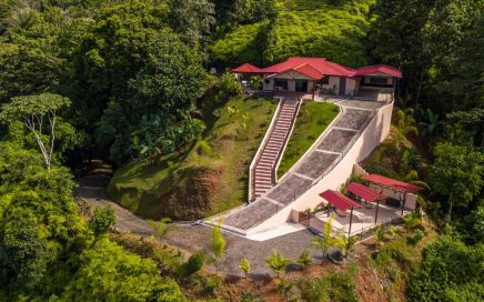 1 ACRE – 2 Bedroom Home With Pool And Stunning Ocean View In Gated Community!!!