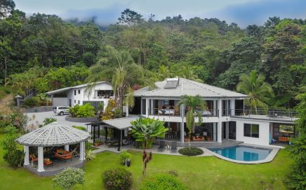 1 ACRE – 5 Bedroom Ocean View Estate With Pool In Rainforest Setting!!!!!
