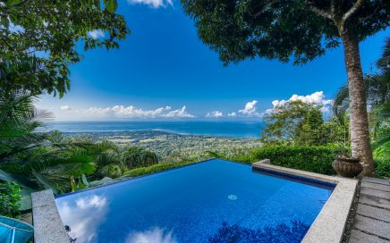 1.57 ACRES – 2 Bedrooms, Pool, Room To Build Larger Home, Awesome Whales Tail Ocean View!!!!
