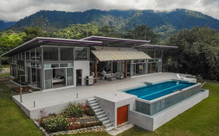 2.78 ACRES – 3 Bedroom Modern Colorful Ocean View Home With Fabulous Pool!!!