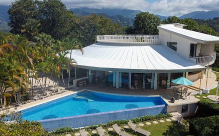 72 ACRES – 4 Bedroom Luxury UFO Home With Huge Pool And Incredible Ocean Views!!!!