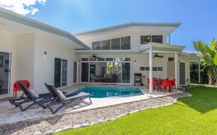 0.23 ACRES – 3 Bedroom Modern Home With Pool Walking Distance To The Beach!!!!