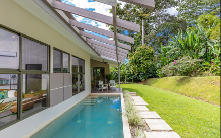 0.21 ACRES – 2 Bedroom Modern Home With Pool And Solar Panels Walking Distance To The Beach!!!!