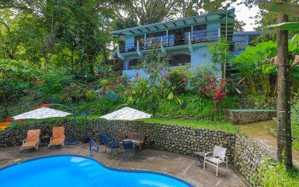 3 ACRES – 2 Bedroom Main Home Plus 2 Bedroom Guest Home And Pool In Rainforest!!!!