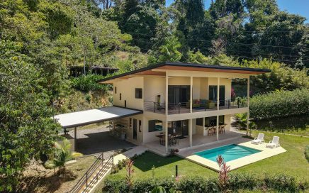 1.2 ACRES – 5 Bedrooms In 2 Homes, Sunset Ocean View, Easy Access, All Year Creek!!!