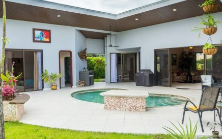 0.18 ACRES – 3 Bedroom Home With Pool Walking Distance To The Beach!!!!