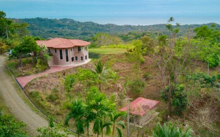 0.65 ACRES – 5 Bedroom Home With Expansive Ocean Views In The Mountians Above Ojochal!!!!