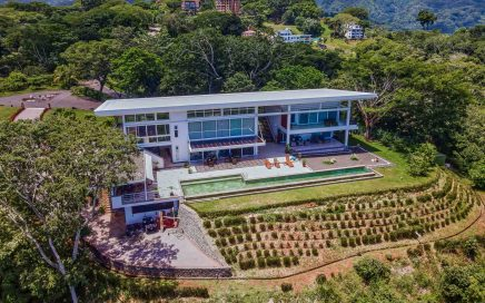 2.8 ACRES – 3 Bedroom Modern Luxury Home With Pool And Incredible Sunset Ocean Views!!!!!