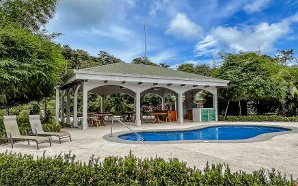 CONDO – 2 Bedroom Condo With Community Pool In Gated Community At A Great Price!!!!