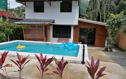 CASA SUA – 3 Bedroom Cozy Home In The Heart Of Dominical Within Walking Distance To The Beach!!!