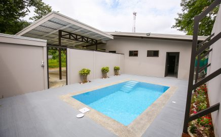 0.12 ACRES – 3 Bedroom Brand New Home With Pool In The Heart Of Uvita!!!